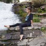 Powerful-U-Tshirt_Black_Retro-Evolve_Model-by-waterfall